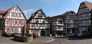 Schlitz, Fachwerkbauten am Markt
