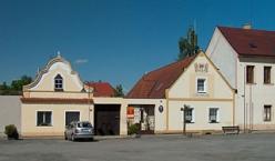 Town hall in the village of Dírná