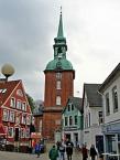 Kappeln, Blick über den Rathausmarkt auf die St. Nicolai-Kirche