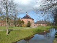 Schloss Bothmer, Reithalle und Gesindehaus