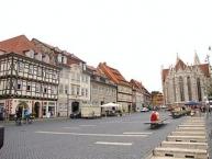 Mühlhausen, Untermarkt, rechts die Divi-Blasii-Kirche