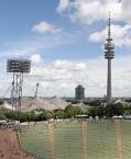 Olympiaturm, Stadion, Große Olympiahalle und BMW Vierzylinder