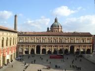 Bologna, Palazzo dei Banchi palace in Piazza Maggiore square