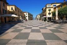 Lazise, piazza Vittorio Emanuele