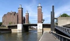 Duisburg, Schwanentorbrücke