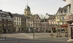 Euskirchen, Alter Markt und Rathausturm