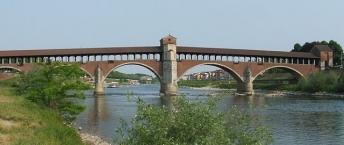 Pavia, Ponte coperto sul fiume Ticino