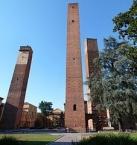 Pavia, Torri medioevali