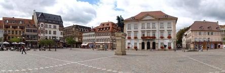 Landau in der Pfalz, Rathausplatz