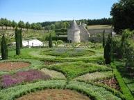 Castle of Chatonnière, garden