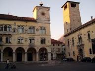 Duomoʹs (Dom) square, Belluno