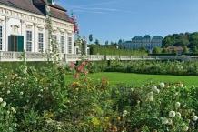 Kammergarten des Schloss Belvederes mit Orangerie und Oberem Belvedere