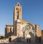 West facade of Saint-Étienneʹs Cathedral in Toulouse