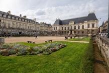 Vue dʹensemble de la place du parlement de Bretagne à Rennes