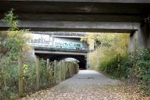 Eisenbahn- und Autobahn-Brücken-Sequernz in Dortmund-Dorstfeld