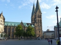 Domshof square with the northern side of Bremen Kathedral
