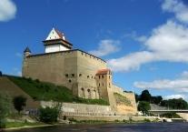 Narva, Hermanni linnus