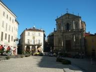 Mondovì, Piazza Maggiore e Chiesa di San Francesco Saverio
