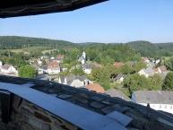 Blick von der Plattform des Bergfrieds auf Nohfelden