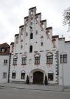 Dingolfing, Herzogsburg