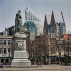 Den Haag, William of Orange overlooks the Plein
