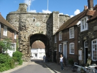Rye, Land Gate