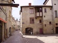 Périgueux, la place Saint-Louis et la rue Salomon