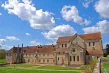 Abbaye de Noirlac, Ostfassade
