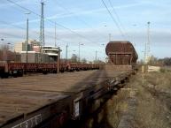 ex-Ausbesserungswerk in Opladen; im Hintergrund Stellwerk und Bahnhof.