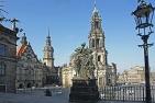 Blick von der Brühlschen Terrasse auf den Schlossplatz
