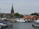 Flensburger Hafen. Im Hintergrund: die St. Marien Kirche