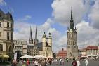 Halle, Marktplatz mit der Marktkirche und dem Roten Turm