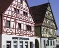 Röttingen, Fachwerkhäuser am Marktplatz
