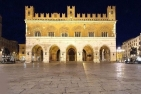 Piacenza, Facciata del medievale Palazzo del Comune