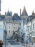 The Château de Langeais is located at the mouth of Thiers Street, the main axis of the city.