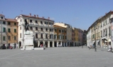Sarzana, Piazza Matteotti