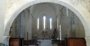 Nef de lʹAbbaye de Saint Hilaire de Ménerbes
