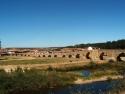 Vista de Hospital de Órbigo con el puente del Paso Honroso