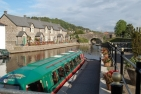Cruise narrowboat Brecon Canal