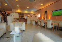 SKY - Lounge Bistro-Bar