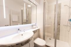 bathroom Hotel Bavaria Oldenburg