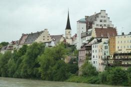 Die Wasserburg von der Bruck