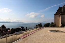Nyon, Blick vom Schlossgarten auf den See