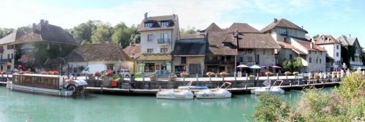Chanaz am Canal de Savières