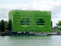 Lyon, moderne Architektur am Ufer der Saône