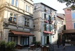 Arles, Place de Forum