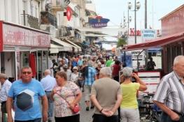 Le Grau-du-Roi, Touristen in der Altstadt