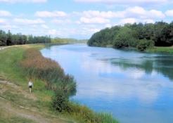 Rhône bei Jonage