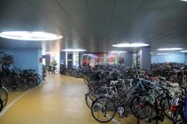 Basel, Fahrradgarage am Bahnhof SBB