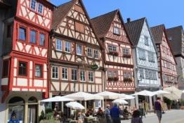 Ochsenfurt, Fachwerkzeile an der Hauptstraße